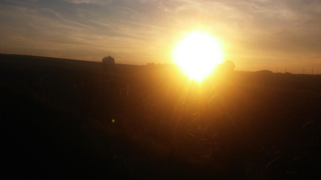 Schöner Sonnenuntergang mit scheiß Kamera :-D