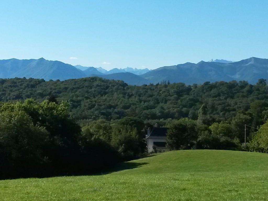 Die Pyrenäen von Pau aus gesehen