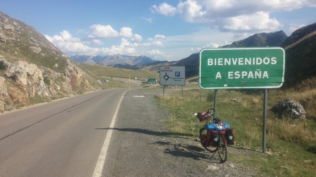 Grenzübertritt nach Spanien! Diesmal sogar mit Begrüßung :-)