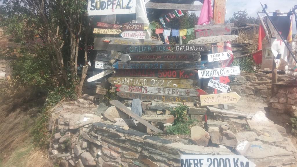Eine der kostenlosen Pilgerherbergen. Oftmals sehr kreativ ausgestattet :-)